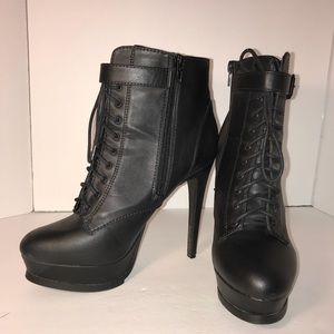 High heel booties size 9 like new